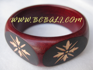 Wooden Jewelry - 9920037