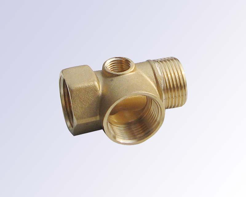Brass pipe fitting-4 way - YL16