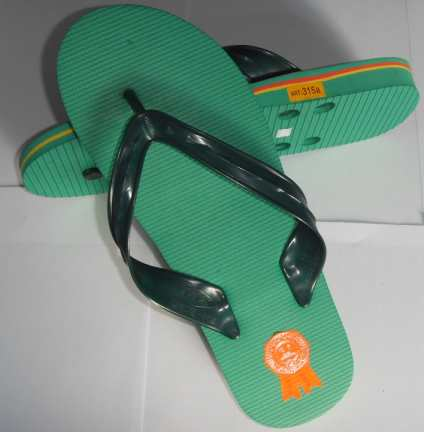 PVC Material beach slipper for man - 315