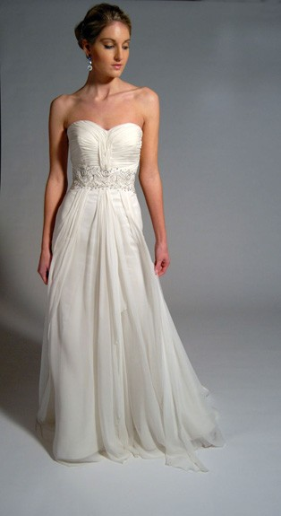 Strapless simple wedding dress in great chiffon - Style WD001