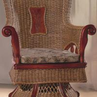 Large picture Indoor rattan revolving chair (3)