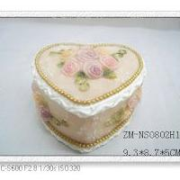 Large picture Polyresin jewellery box