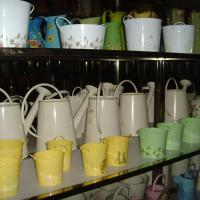 Large picture watering can/ bucket/flower pot/metal pail