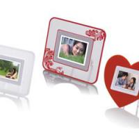 Large picture 2.4 inch digital photo frame