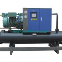 Large picture screw style chiller