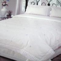 Large picture embroidery bedding sets