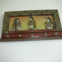 Large picture Gems stone painted key holder