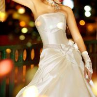 Large picture wedding dress and cotton clothes all kinds
