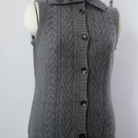 Large picture cable cashmere vest sweater