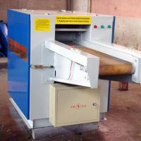 Large picture fabric cutting machine