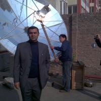Large picture SOLAR TRACKING ENGINE DISH