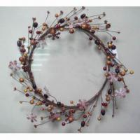 Large picture berry wreath