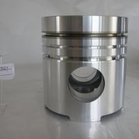Large picture engine parts piston piston ring cylinder liner