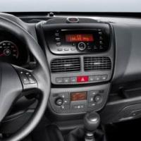 Large picture Fiat Doblo/Opel Combo dvd Navigation