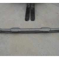 Large picture automobile fittings front axle