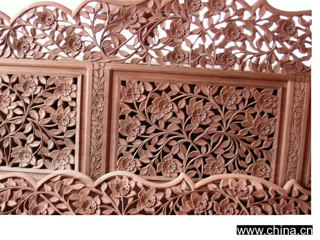 Walnut Wood Carved Double Bed Jammu And Kashmir